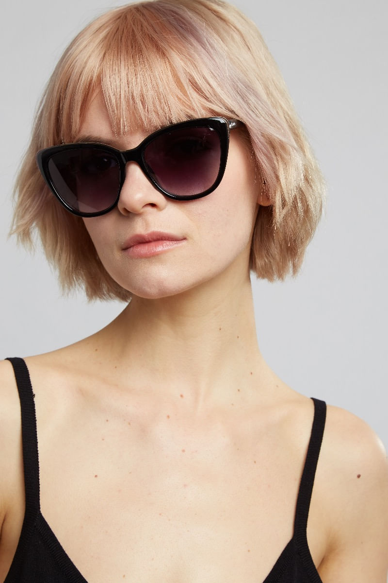 Louche-Gail-Cat-Eye-Detail-Sunglasses-Black----Main