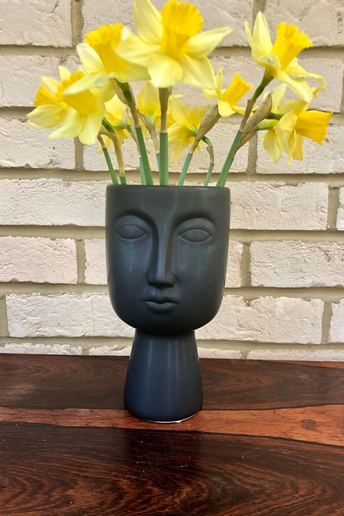 Black Face Ceramic Vase Black  TJN0209