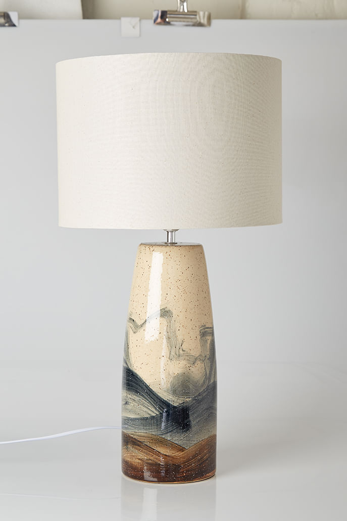 HAND_PAINTED_SPECKLE_LAMP_WITH_SHADE_2